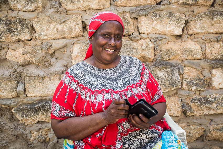 Amina, a Community Health Worker from Kilifi County, Kenya, was trained in the prevention and detection of asthma and diabetes via LEAP, Amref's mobile learning platform. © Corrie Wingate for Amref Health Africa