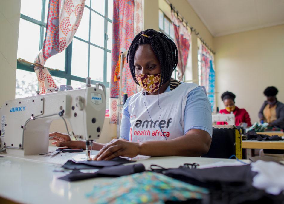 Italia e Kenya insieme per creare mascherine e lavoro